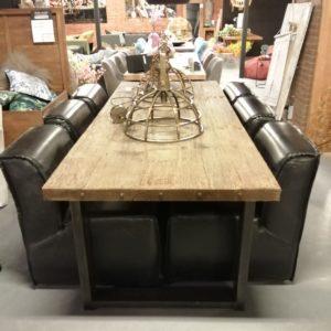 Eettafel old Wood